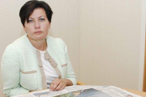 FORVENTER BEDRING: Etter at et samlet storting tirsdag kom med en klar formaning til regjeringen, forventer Helga Pedersen (Ap) at det blir tatt grep slik at lørdagsavisene når abonnentene slik de skal.