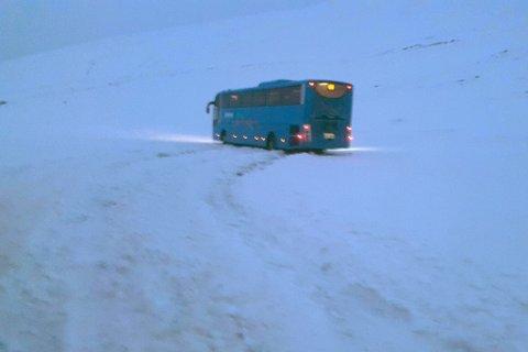 SEILTE UT: Her endte ferden for rutebussen som skulle frakte passasjerer fra Øst-Finnmark til Vest-Finnmark.