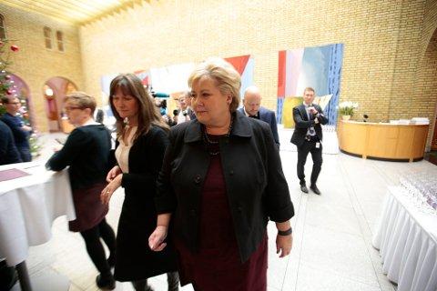 Statsminister Erna Solberg orienterte mandag Stortinget om utviklingen i forholdet mellom Norge og Kina. Foto: Lise Åserud / NTB scanpix