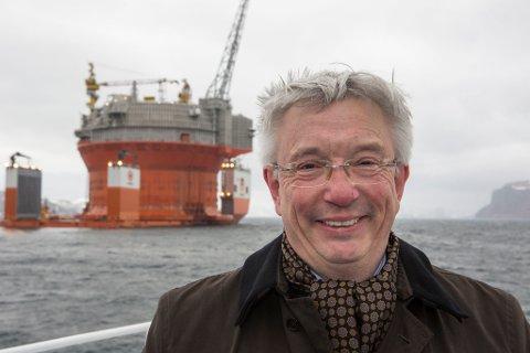 STOLT: Karl Eirik Schjøtt-Pedersen sier han er stolt over å ha bidratt i ei næring som står for én femtedel av inntektene til staten.