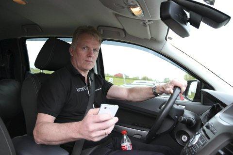 KRITISERER POLITIET: Trygg Trafikks Knut Larsen kommer med en knallhard kritikk av politiet i Finnmark.
