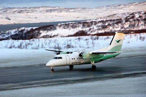 MÅTTE EVAKUERE: En passasjer ble evakuert fra flyet, og fikk reise videre med en annen maskin. Illustrasjonsfoto