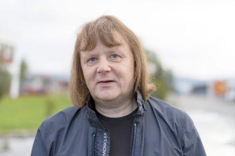 JOBBER PÅ SPRENG: Åge Persen, leder i Tverrpolitisk liste i Porsanger.