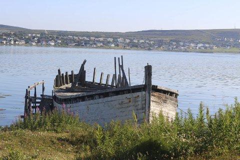 FORESLÅTT UKE 31: Den som er ansvarlig for båten, har foreslått at den kan fjernes i uke 31, som er i begynnelsen av august.