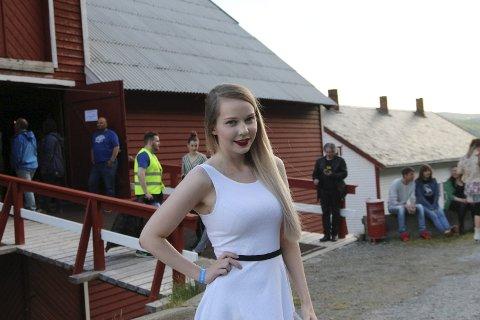MÅ bare hit: Stine Wallenius (21) drar hvert år til Chrisfestivalen, men måtte bli hjemme i fjor på grunn av jobb. Dermed var valget enkelt da hun i år hadde sjansen til å delta på festivalen. alle foto: Henriette baumann sand
