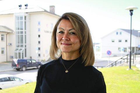ALLTID VIDERE: Gjennom hele livet har Trine Gustavsen søkt etter nye utfordringer. Da livet hennes tok en ny vending på midten av 2000-tallet, bestemte hun seg for å gå på ski over Grønland. På bildet bak henne pakker hun til det som ble en 24 dagers ekspedisjon i 2007.