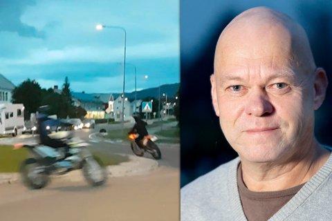 HØY FART: Seniorrådgiver Bård Morten Johansen i Trygg trafikk avviser at trege mopeder er problemet. Bildet viser mopedister som kjører tett i tett rundt i rundkjøringen slik at biler ikke kommer seg inn i rundkjøringen.