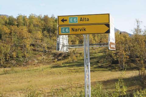 Må skilte nytt: Når vedtaket i bystyret er fattet, er det veivesenet som få den største jobben – og regninga. Å skilte også med de nye samiske stedsnavnene.