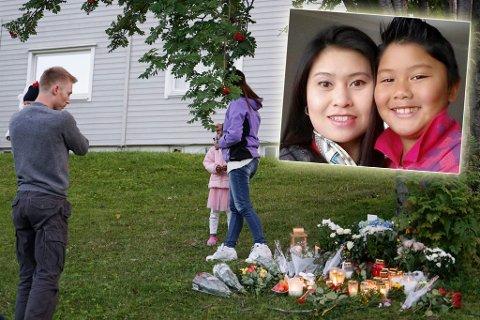 VIL AVSLUTTE INNSAMLING: Svein Arne Sæther (t.v.) og hans kone la ned blomster sammen foran leiligheten der Songngam (37) og hennes sønn Petchngam (12) samme dag som drapet ble kjent. Senere startet de en innsamlingsaksjon til familien. Nå er de lei.