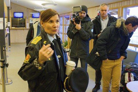 I HÅPET: Ellen Katrine Hætta, her på Storskog i fjor, er helt sikker på at det en dag kommer en ny grensestasjon.