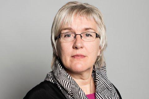 Fylkesleder Utdanningsforbundet, Kari Lium, tar Vassvik på ordet.