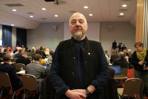 VISJONER: Rune Rafaelsen mener nye Troms og Finnmark har store muligheter for utvikling. Tirsdag ønsket han velkommen til et felles fylkesting i Troms og Finnmark.
