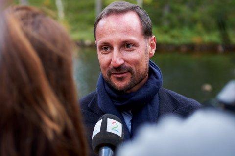 TIL FINNMARK: Kronprins Haakon besøker Bossekop skole førstkommende onsdag.