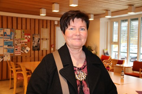 BEKYMRET: Elisabeth Erke er bekymret for at 50 prosent av elevene på ett av trinnene i Tana ligger på nivå 1 i lesing.