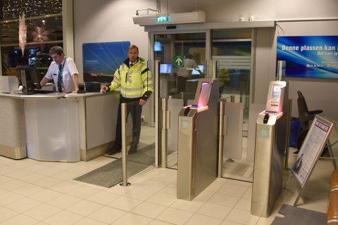 Selfboard-gater er også på plass! Knut Dahl og Kurt Oppheim tester systemet.