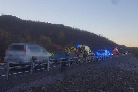 OMKOM: Kvinne omkom da to biler kolliderte i Kvalsund i oktober i år.
