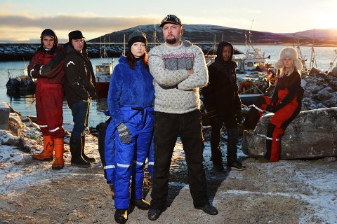 VEIDNES I VINDEN: Svenne Lyder (i midten) ble realitykjendis i serien «Arctic Waters». Nå forsøker han å tjene penger på å eksportere torskesæd til Korea.
