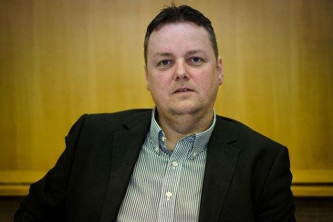 HOVEDSTAD: – Hans oppgave burde heller være å slåss for Alta som hovedstaden i det fremtidige Finnmark fylke, skriver Steinar Hardersen om fylkesordfører Runar Sjåstad (Ap)