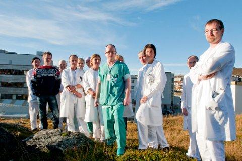 ÉN REPRESENTANT: Når Helse Nord møtes den 25. oktober, vil det bare være med en av to representanter fra Finnmark. Her er noen av de sykehusansatte avbildet i en annen anledning i 2012. Bjørn Wembstad (på bildet) er kritisk til at Bodø skal få egen PCI-avdeling.