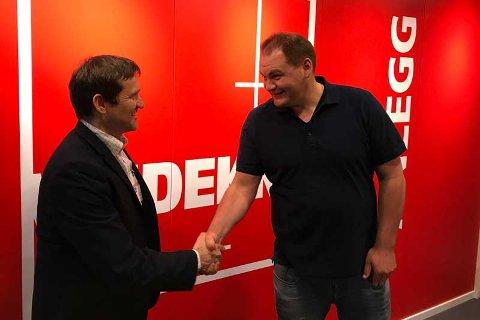 Salgssjef i SmartDok Per Tore Hansen og IT-sjef Christian Mikkelsen i Veidekke er begge fornøyde med avtalen. Foto: Presse