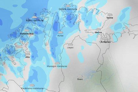 VÅTT OG GRÅTT: Det blir nedbør i store deler av Finnmark de neste dagene. Mot helga blir det kaldt nok til at det snør igjen.