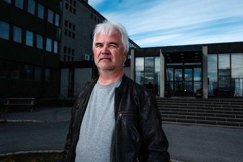 SOM HÅPET: NTL-tillitsvalgt Jon Reidar Olsen ved Fylkesmannen i Finnmark forteller at fredagens allmøte, hvor det ble bestemt at embedet skal ligge i Vadsø, gikk omtrent som de ansatte håpet.