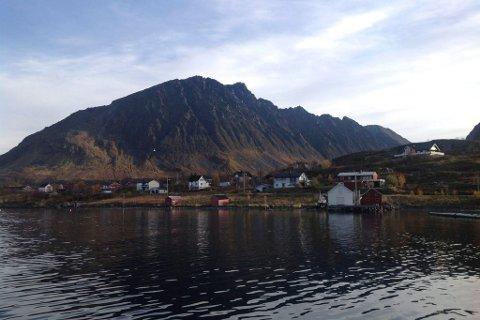 UTRYGGHET: En utagerende mann skremte flere av innbyggerne i Nuvsvåg i Loppa natt til tirsdag denne uken. Politiet ville ikke rykke ut til hendelsen, men da ordføreren tok kontakt, valgte de likevel å sende ut en patrulje.