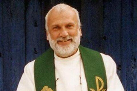 BISVERM: Tidligere prost for Indre Finnmark prosti, Lars Henrik Haugan, døde etter det spansk politi beskriver som et angrep av en biesverm i Mijas på Solkysten i Spania.Bildet ble tatt i 2006.