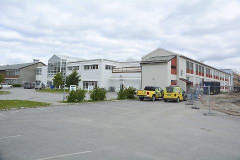 ALTA VGS: Det er ledige plasser ved 19 linjer på Alta videregående skole. Foto: Erlend Hykkerud