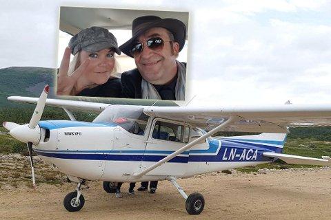 OPPLEVELSE: Steinar Albrigtsen og kona Monika Nordli fikk seg en fin flygetur. Montasje.