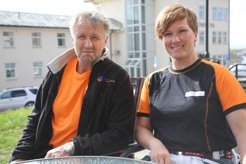 DRIVERE: Yngve Ballo og kona Marju Ballo driver Byens Fargeklatt og de er veldig glad for at de fikk kontrakten med Nord Norsk Bygg AS.