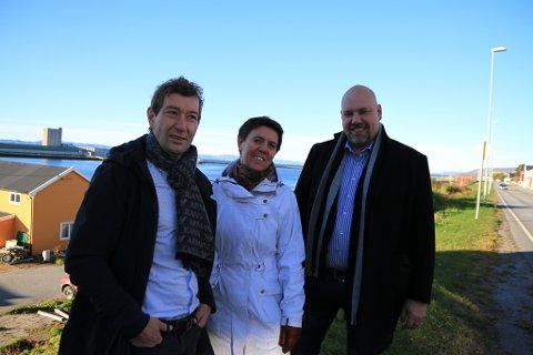 VARMERE SAMFUNN: Dersom Vadsø får Fritidsfondet opp å gå, vil vi få et varmere samfunn, tror Tom Rosanoff i Sparebank1 Nord-Norge, Lise Aanesen i Trivselslaben og ordfører Hans-Jacob Bønå.