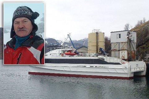 AVHENGIG AV BÅT: - Det gjelder ikke bare Frakkfjord bygdelag, men sikkert de andre veiløse bygdene og, sier Bjørnar Wilhelmsen.