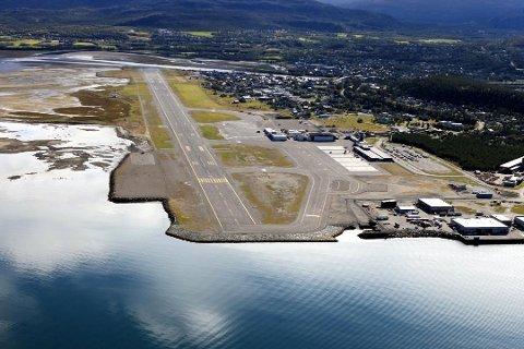 KRAFTIG NEDGANG: Korona-situasjonen gir kraftig nedgang i passasjertallene for flyplassene i Finnmark. For Alta lufthavn tilsvarer nedgangen i juli hele 72 fulle Boeing 737-800-fly.