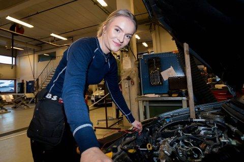 TIL FINLAND: Eirin Andersen Nødtvedt fra Kirkenes skal til Finland for å konkurrere i kjøretøy på Arctic Skills neste uke.