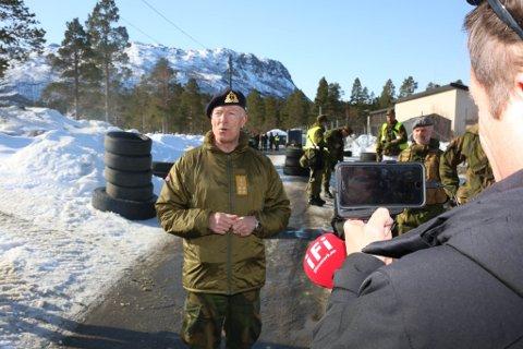 732 Forsvarssjef Haakon Bruun-Hanssen.