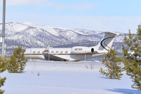 RIK: Lørdag landet verdens rikeste mann, Jeff Bezoz, i Alta.