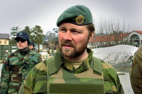 NY SJEF: Oberst Jørn Erik Berntsen fra Bardufoss blir ny sjef for Forsvaret i Finnmark. Her er han fotografert på Bardufoss for ti år siden like før han skulle lede den norske kontingenten som skulle tjenestegjøre i Faryab-provinsen i det nordlige Afghanistan. Det ble en dramatisk tur for Berntsen.