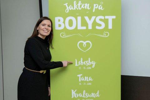 GLEDER SEG: Ordfører Stine Akselsen i Lebesby kommune gleder seg til bolystuka i kommunen 12. - 15. juni.