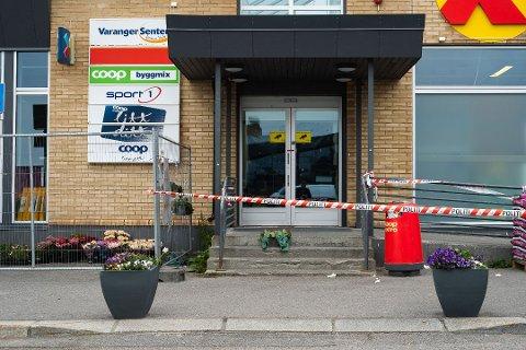 ÅSTEDET: 18 år gamle Håvard Pedersen ble drept her lørdag. Mandag ettermiddag sitter den angivelige drapsmannen inne i avhør med politiet.