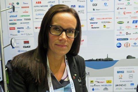 PENDLINGEN  MÅ REDUSERES:         Innpendlingsandelen av oljearbeidere i Hammerfest er uakseptabel høy, mener varaordfører Marianne Sivertsen Næss i Hammerfest.