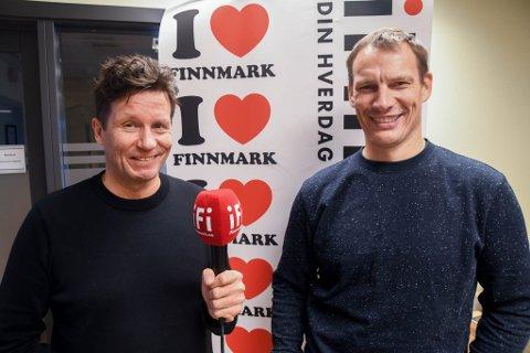 DUO: Oddgeir Isaksen (til venstre) og Torstein Fugelli Simonsen skal kommentere håndballkampen Alta IF - Vestli på iFinnmark søndag.