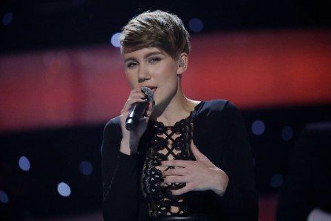 GIKK VIDERE: Ella Marie gjorde en bra prestasjon under lørdagens forestilling i Stjernekamp.