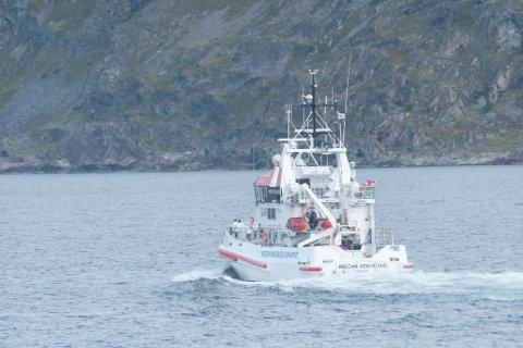 RS 110 Reidar von koss på vei ut mot Vardø.