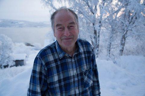 STEINARS RIKE: I Jarfjord har han bodd i 40 år. Han stortrives.