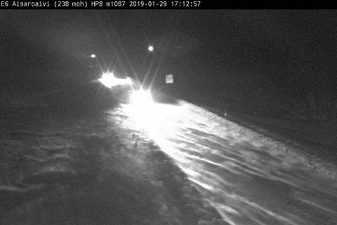 VANSKELIGE KJØREFORHOLD: På E6 over Sennalandet er det meldt sterk vind og fare for snøskred.