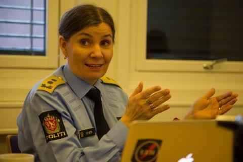 ANMELDT: Politimester Ellen Katrine Hætta i Finnmark politidistrikt har ikke gjort noe ulovlig i forbindelse med scooterkjøp til Øst-Finnmark politidistrikt, er Spesialenhetens foreløpige konklusjon.