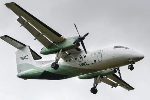 FLERE FLY MED SMITTE: Ett av flyene med smitte om bord, var fra Widerøe.