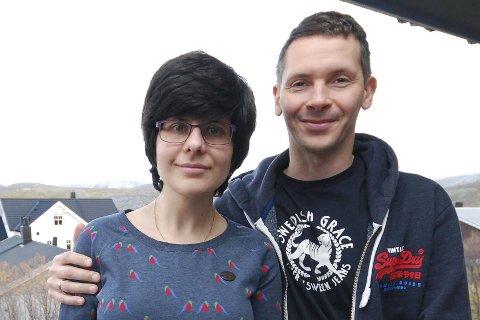 TUNG TID: Ekteparet Anna Voloshina og Kent Vevang legger ikke skjul på at hennes MS-sykdom har vært tung å takle på mange vis. Men de har «stått han av.»