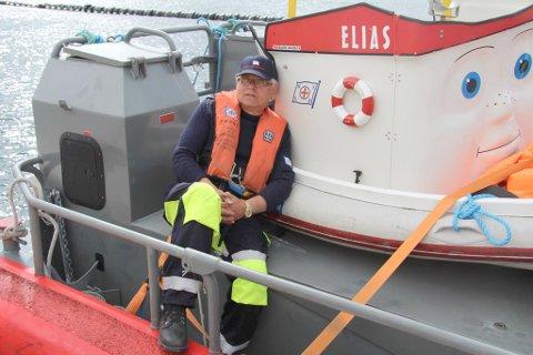 HELT GALT: Ole Solbakk (70), som selv er pensjonert politimann, sier han reagerte på hendelsen ved norskegrensa.